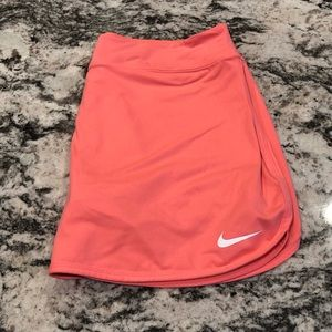 Nike Spring Victory Skirt in Lava Glow
